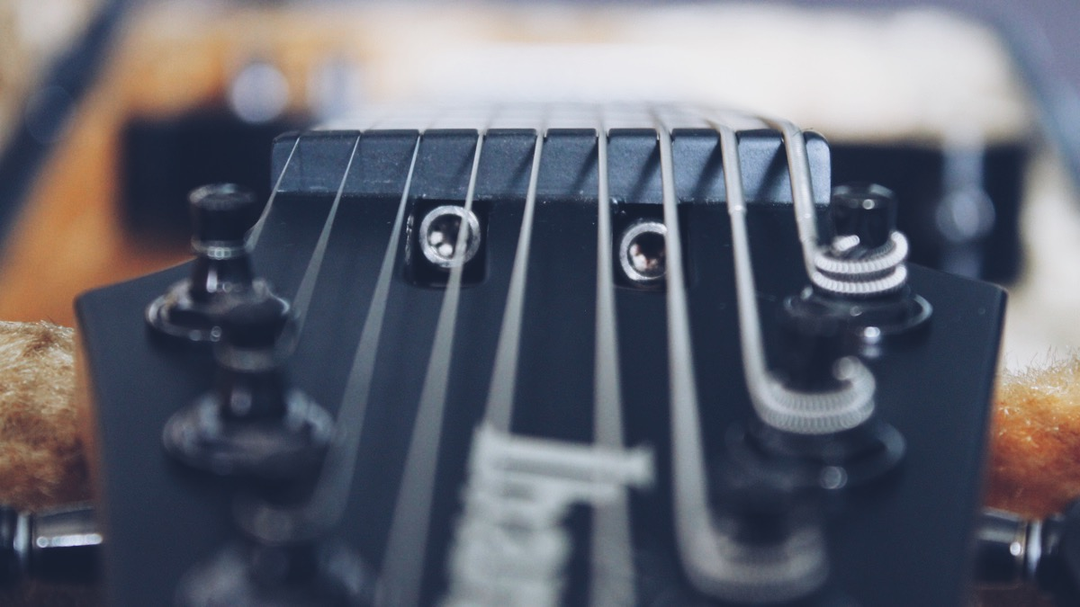 Review: Ibanez RG90 - Extended Range Guitar Nerds